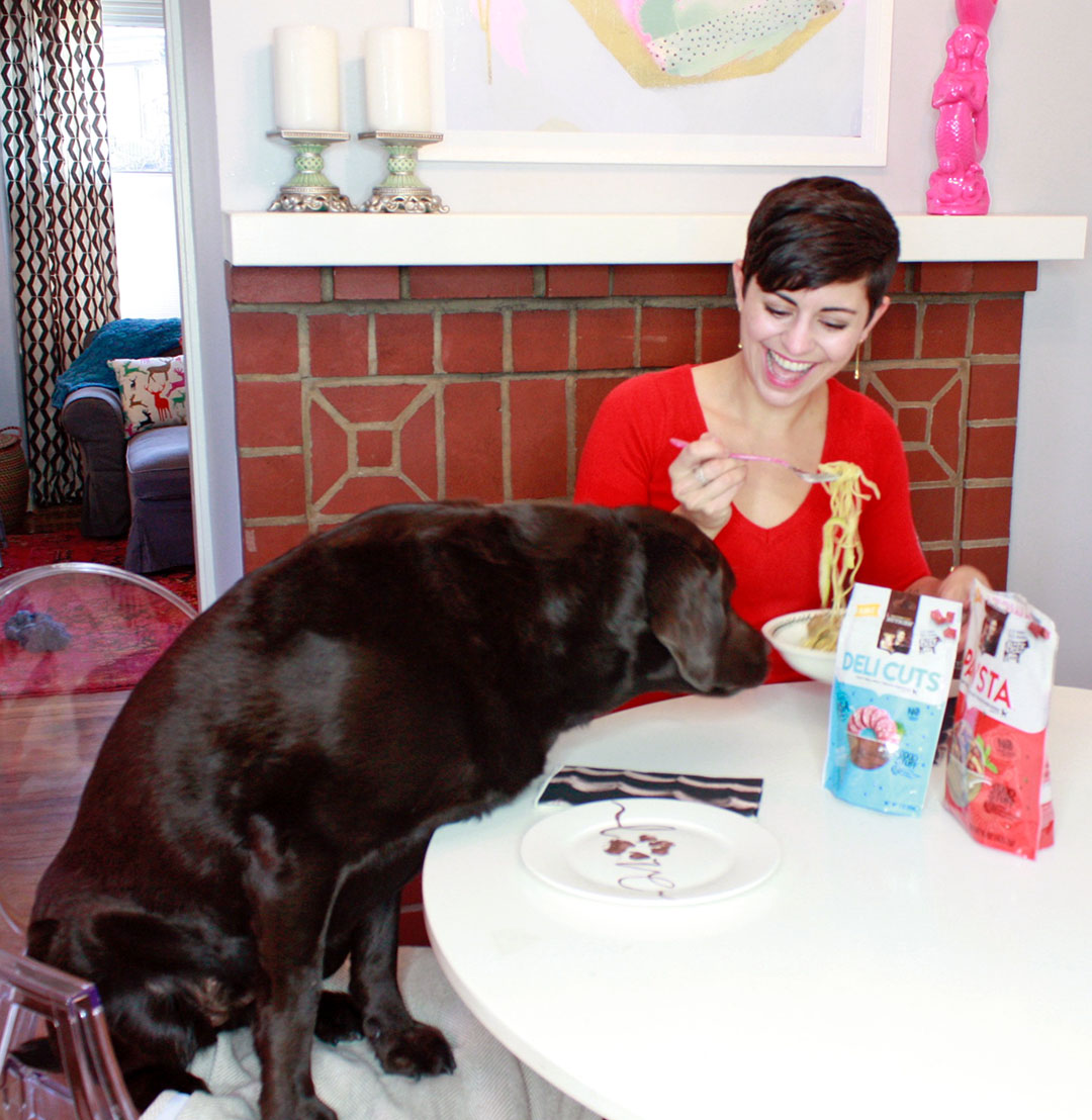 Valentine's Day Dinner with Your Dog in 4 Steps #NutrishPets