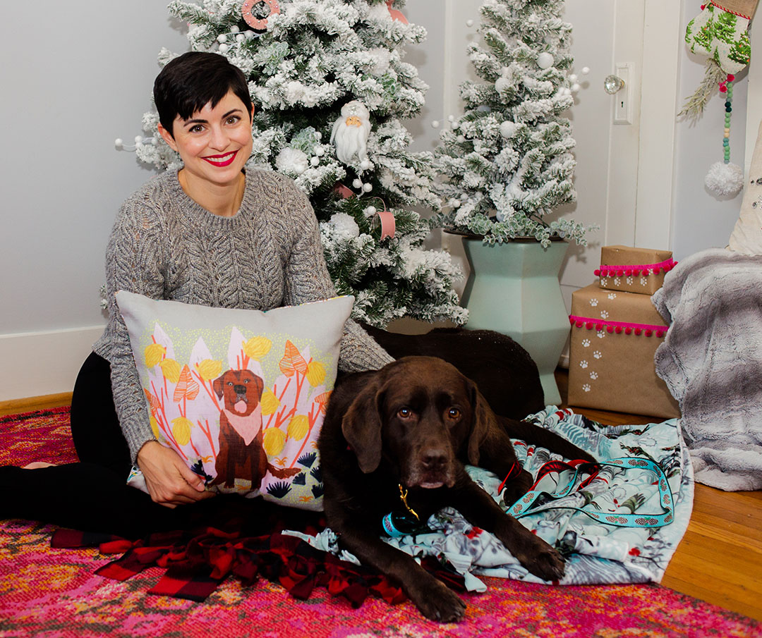 Gifts for Dog Moms: Labrador Pillow